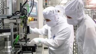 德国芯片生产商英飞凌 (Infineon)