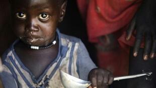 Wani yaro dake cikin dubban 'yan kasar Sudan ta Kudu da suke fuskantar barazanar fadawa cikin bala'in yunwa.