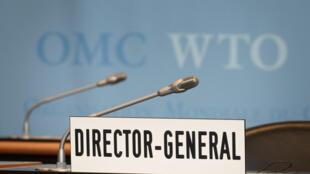 El asiento vacío del director de la OMC, el 23 de julio de 2020 en Ginebra, antes de una reunión