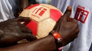 Le tout premier Club RFI dans un camp de réfugiés (à Mole, en RDC) a vu le jour.