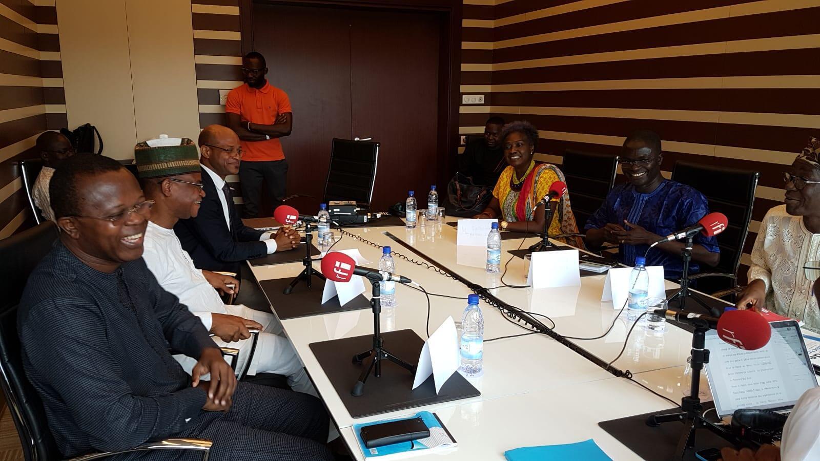 Jean-Michel Abimbola,Lazare Sehoueto,Eric Houndeté,Fatoumatou Batoko Gounou, Geraldo Gomez, Victor Topanou.