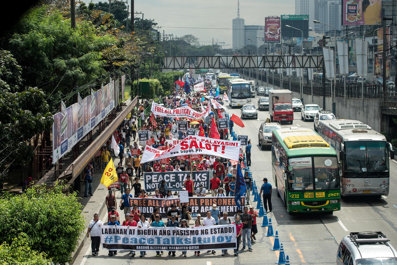 Biểu tình chống tổng thống Rodrigo Duterte tại Manila ngày 25/02/2017.
