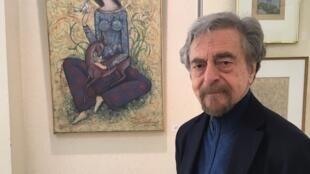 L'artiste peintre et sculpteur iranien Abbas Moayeri, ici en 2019, est décédé le 24 octobre 2020 à Paris, à l'âge de 81 ans.