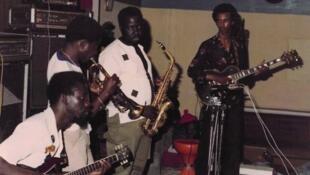 Star Band de Dakar.