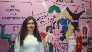Au Women Ressource Center de Erevan, en Arménie, où on adresse un message positif en faveur de la naissance de petites filles, Qnarik Mkchrtyan préfère employer le terme d'avortement en préférence des garçons plutôt que l'avortement sélectif.