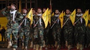 رژۀ اعضای حزبالله لبنان در جریان راهپیمایی روز قدس