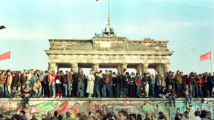 Берлинская стена 10 ноября 1989 года