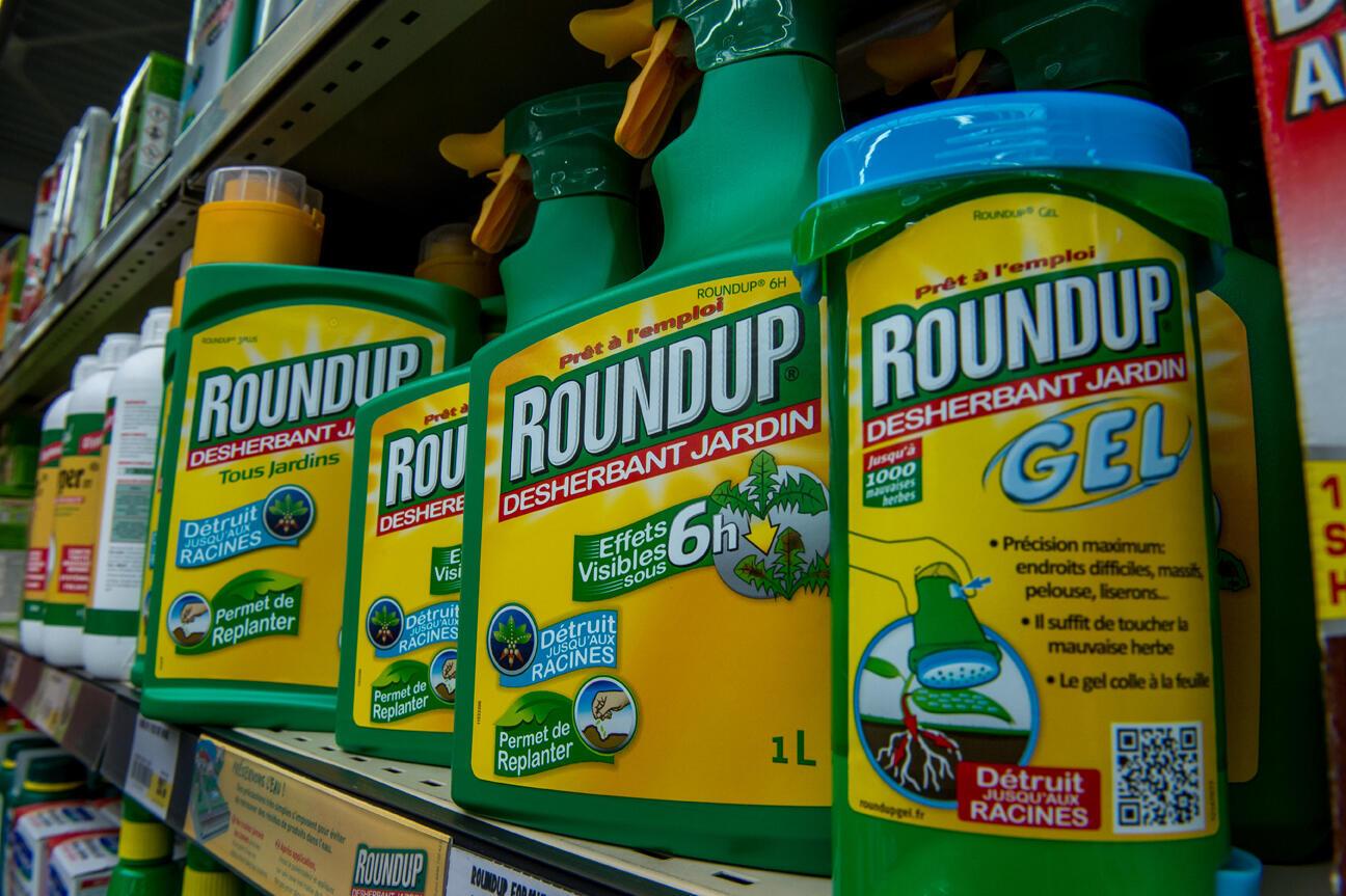 O Roundup, que contém glifosato, é um dos pesticidas mais utilizados no mundo.