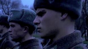 Кадр из фильма Андрея Ерастова «Солдат»