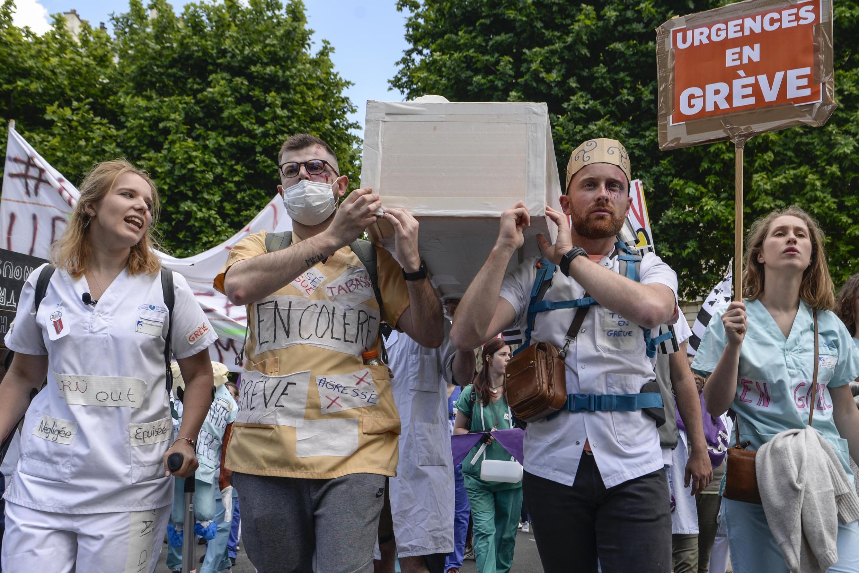 Protesto em Paris do pessoal das urgências hospitalares. 6 de Junho de 2019.