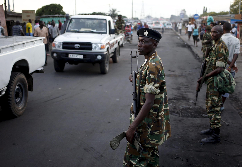 Les assassinats, à deux semaines d'intervalle, de deux figures des ex-forces armées burundais d'un côté et de l'ancienne rébellion hutue de l'autre, fait craindre une escalade de la violence, notamment politico-ethnique.