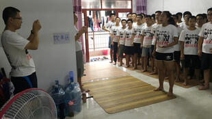 Các sinh viên tranh đấu cho quyền lợi công nhân đang chuẩn bị cho việc thành lập công đoàn tại Huệ Châu, gần khu Thâm Quyến, tỉnh Quảng Đông. Ảnh chụp ngày 23/08/2018.