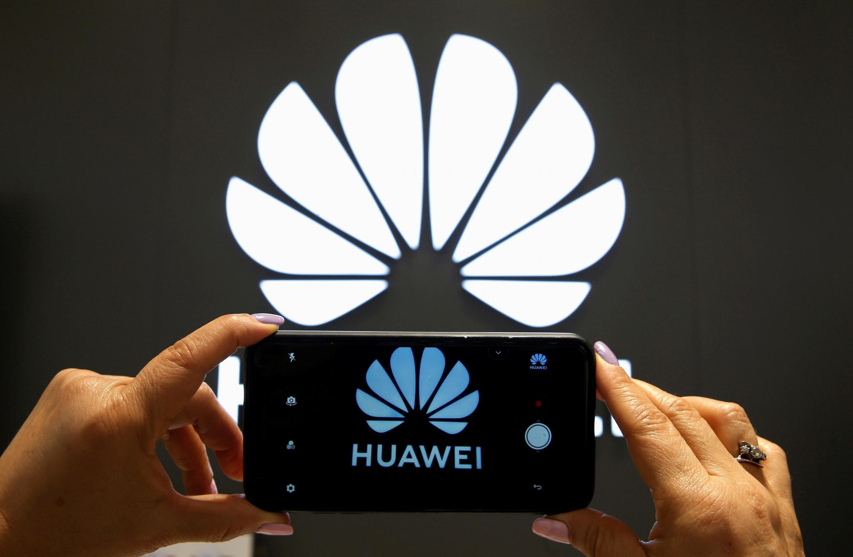 Les «smartphones» Mate 30 et Mate 30 Pro de Huawei seront dépourvus du logiciel d'exploitation Android et des applications Google.