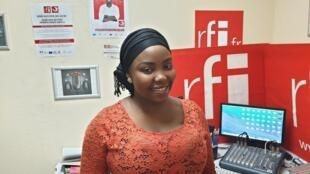 La chanteuse Shoomy au studio de RFI à Port-au-Prince.