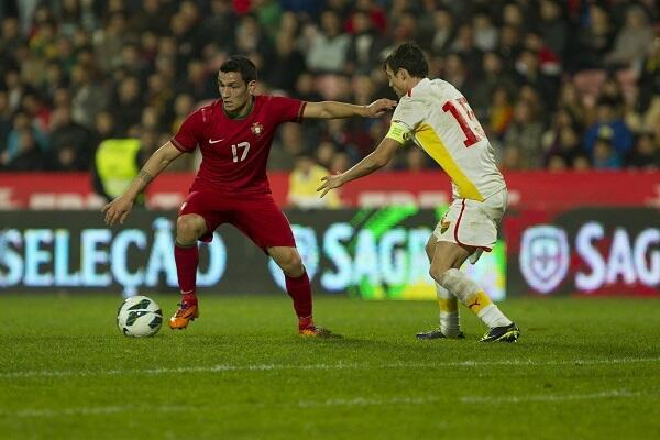 Marcos Lopes, na esquerda, apontou dois golos frente a Israel no Europeu de Sub-19.