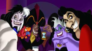 Cruella, Jafar, Ursula et le Capitaine Crochet s'exposent à la Galerie Arludik à Paris.
