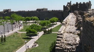 Old city walls of Diyarbakır, Turkey