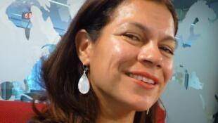 La actriz Paula Etcheverry en los estudios de RFI