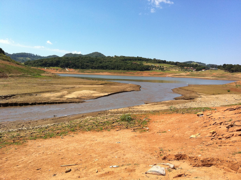 O sistema Cantareira em São Paulo, que virou símbolo de má gestão de recursos hídricos