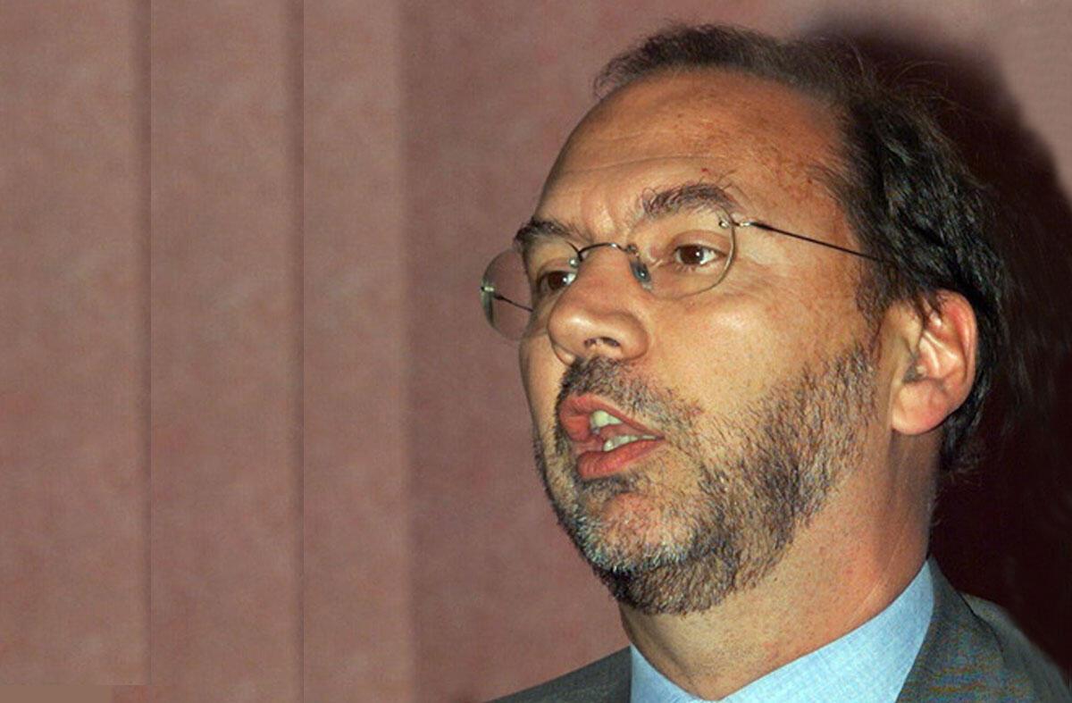 Peter Piot, 11e Conférence sur le sida en Afrique, à Lusaka en 1999.