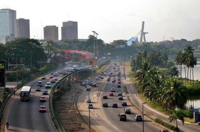 Selon le rapport, l'urgence est de résoudre le grave problème de mobilité dont souffre Abidjan.