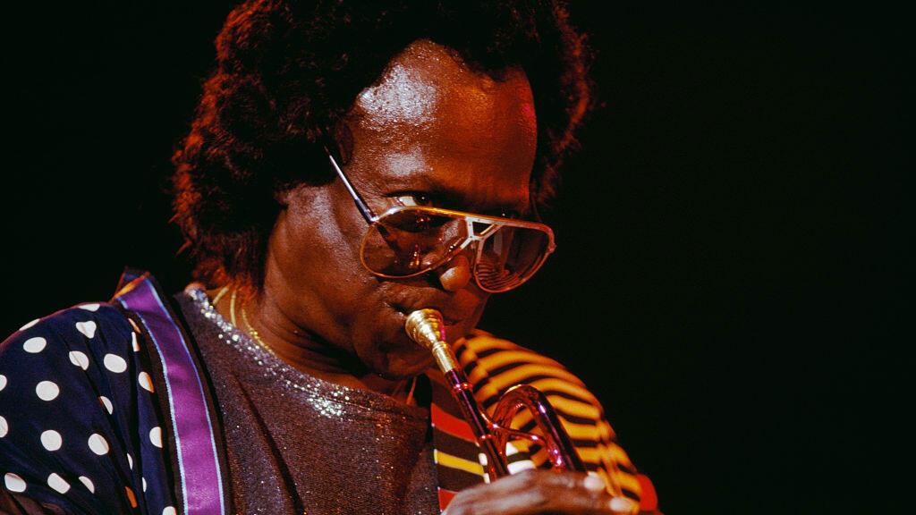 Miles Davis en concert en 1986.