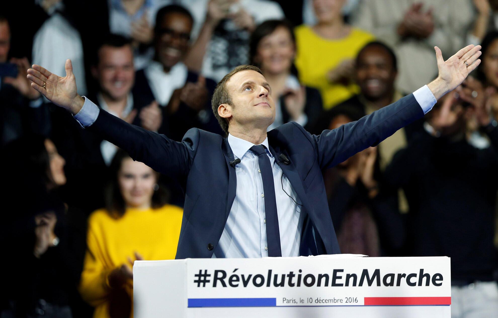 امانوئل ماکرون نامزد مستقل میانه در انتخابات ریاست جمهوری فرانسه