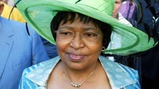 L'ancienne ministre sud-africaine de la Santé Tshabalala-Msimang en 2005 à Cape Town.