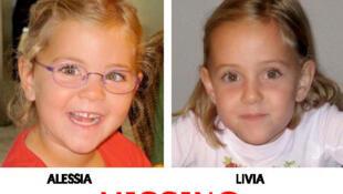 Foto das gêmeas Alesia e Lívia divulgada no site da Interpol.