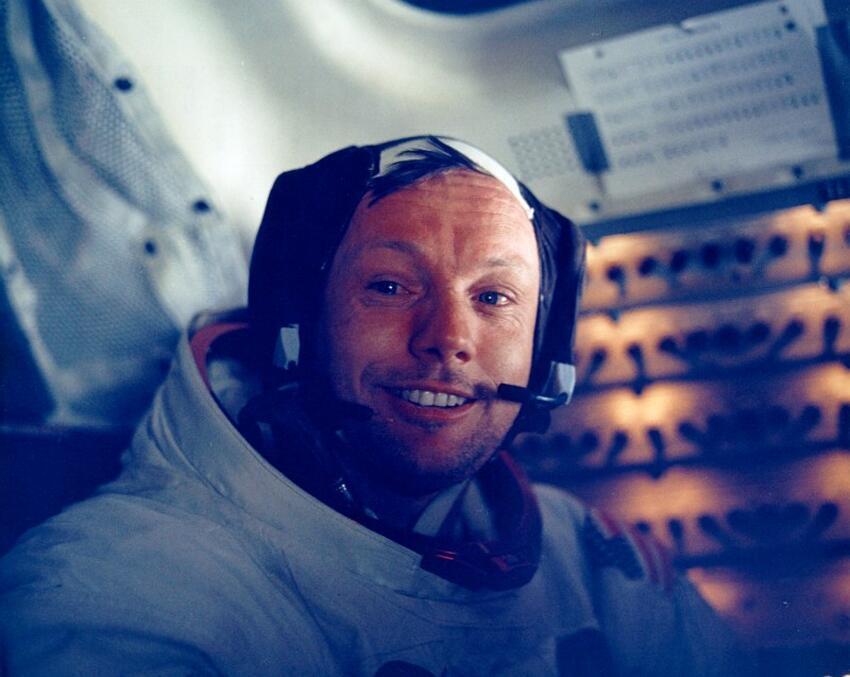 O astronauta americano Neil Armstrong, durante a célebre missão Apollo 11, em 1969.