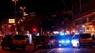 La fusillade a eu lieu dans le centre-ville de Vienne, à proximité de la synagogue.