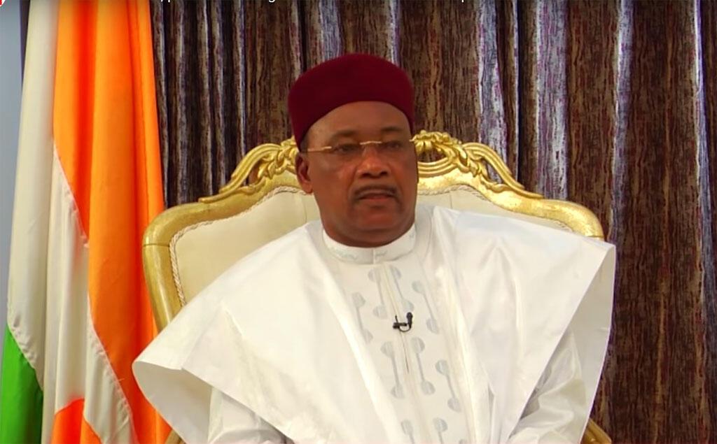 Prémio Mo Ibrahim 2020 atribuido ao antigo Presidente do Níger, Mahamadou Issoufou.