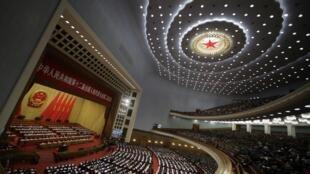 2014年3月5日,第12届全国人大二次会议在北京人大会堂开幕。
