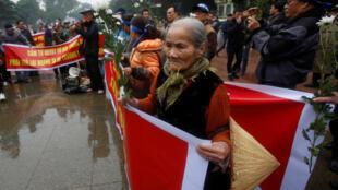 Biểu tình tưởng niệm trận Hoàng Sa, tại Hà Nội, ngày 19/01/2017.
