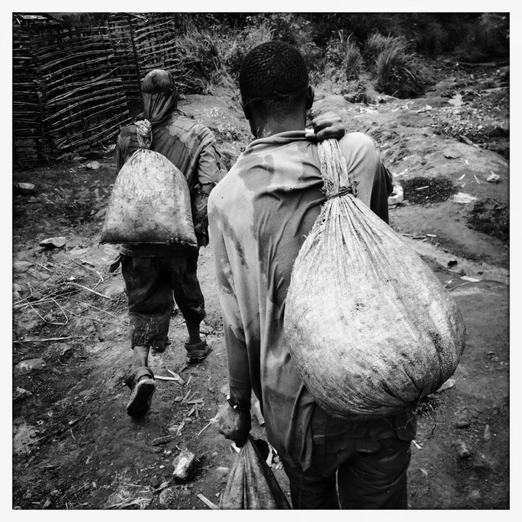 South Kivu_2015_Karim Ben Khelifa_SevenGrams_BAYEUX_2021
