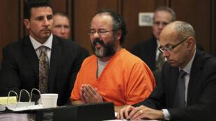 Ariel Castro, durante a audiência de fixação de sua pena no tribunal de Cleveland, nos Estados Unidos, nesta quinta-feira, dia 1° de agosto.