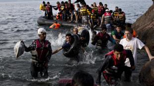 Arrivée de migrants sur l'île de Lesbos, le 9 septembre 2015 en Grèce.