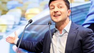 Ukraina : Ông Volodymyr Zelensky, sau cuộc bầu cử. Ảnh tối 21/04/2019.