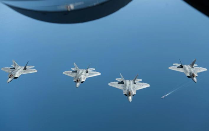 """美國空軍F-22""""猛禽""""戰鬥機資料圖片"""