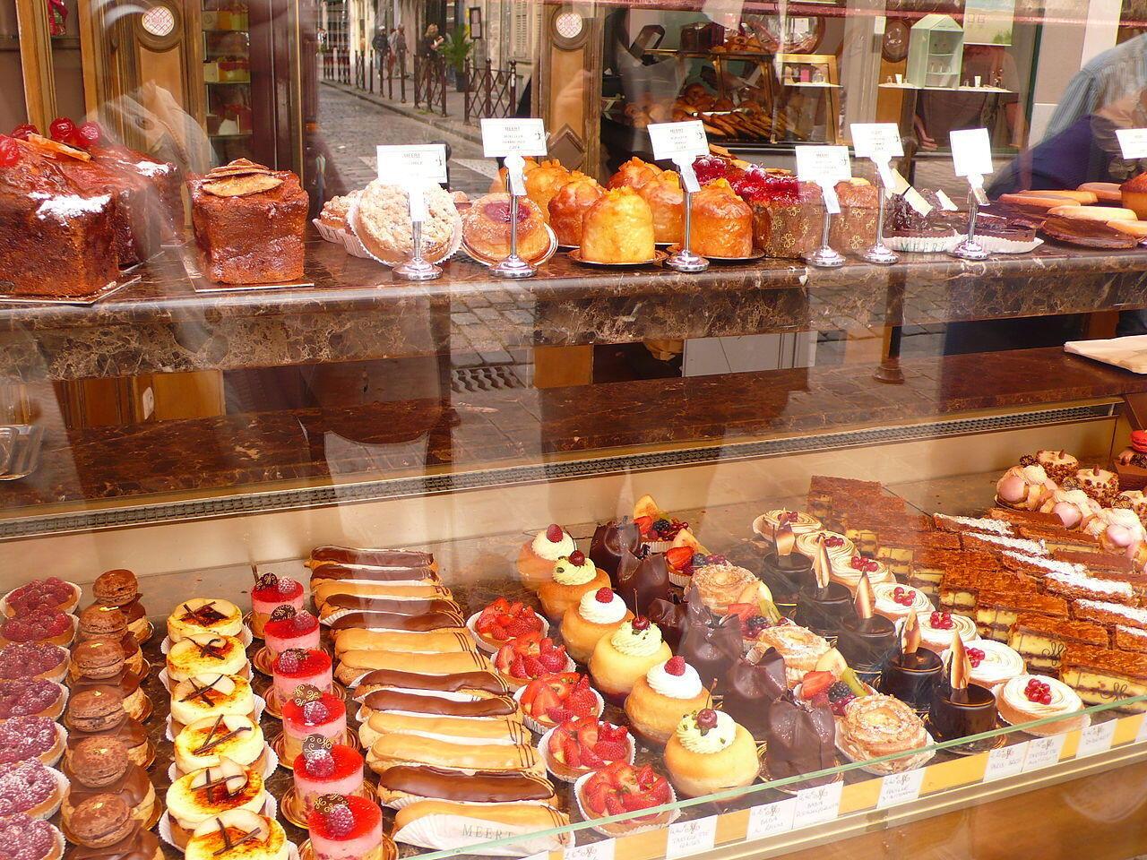 Một hiệu bánh ngọt ở Lille, Pháp.