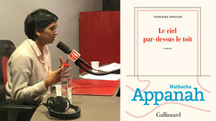 Nathacha Appanah (RFI/Audrey Iattoni) et la couverture de son livre «Le ciel par-dessus le toit», éditions Gallimard.