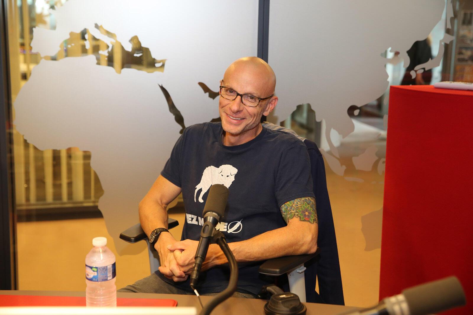 David Treuer en studio à RFI.