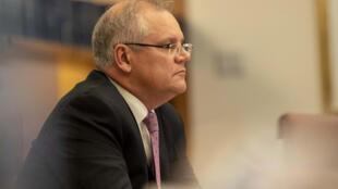 El primer ministro australiano, Scott Morrison, a la espera de una videoconferencia con los líderes del G-20 en el Parlamento en Canberra, el 26 de marzo de 2020