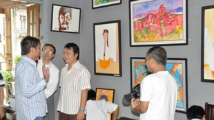 Aung Soe Min opened Pansodan gallery in Yangon in 2008