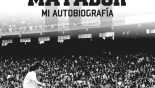 """Portada del libro autobiográfico de Mario Alberto Kempes. """"Matador"""" de la editorial española Sargantana"""