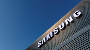 Governo sul-coreano pressiona Samsung para investir na Coreia do Norte