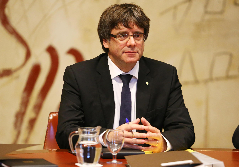 Rais wa Catalonia Carles Puigdemont aliomba mazungumzo na serikali ya Madrid lakini hilo madrid bado inashikilia msimamo wake.