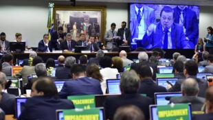 Comissão do impeachment reunida para votar relatório do deputado Jovair Arantes (PTB-GO).
