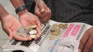 Покупка франков КФА на черном рынке в Абиджане