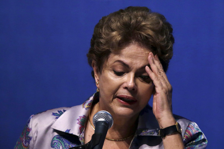 Rais Dilma Rousseff anasema Lula da silva atasaidia kukomboa uchumi wa nchi uliokuwa umeanguka.